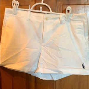White shorts,polo